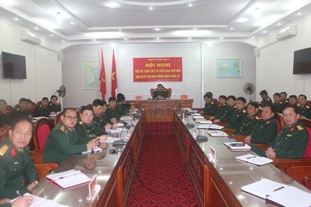 Toàn cảnh Hội nghị tại điêm cầu BCHQS tỉnh Lai Châu