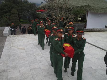 An táng các liệt sĩ chưa rõ tên tại Nghĩa trang liệt sỹ tỉnh