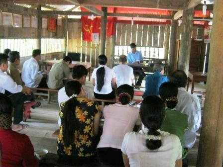 Đ/c: Bí thư chi bộ Lý Văn Thắng - triển khai chuyên đề đạo đức Hồ Chí Minh năm 2013 tại kỳ sinh hoạt chi bộ