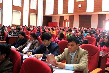 Các đại biểu tham gia hội nghị