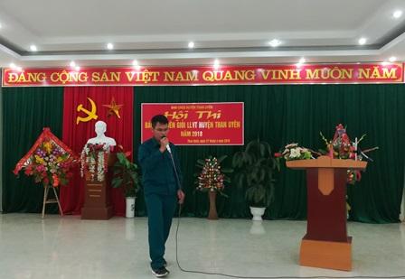 Thí sinh của tự vệ công ty thủy điện Huội Quảng-Bản Chát  tham gia phần thi diễn thuyết