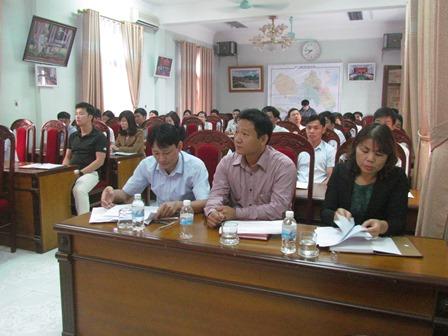 Đại biểu dự Lễ khai mạc lớp bồi dưỡng