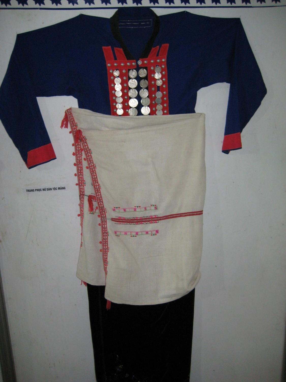 Trang phục phụ nữ dân tộc Mảng