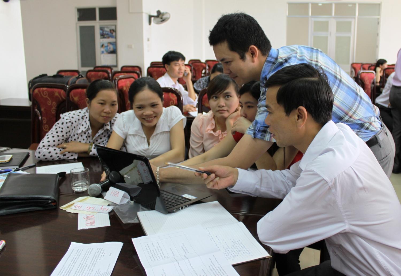 Thảo luận nhóm tại lớp tập huấn (Ảnh: Thu Trang)