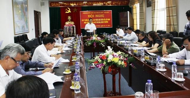 Đồng chí Chu Lê Chinh - Ủy viên BTV Tỉnh ủy, Phó Đoàn ĐBQH tỉnh chủ trì Hội nghị
