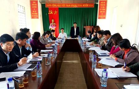 Đồng chí Hoàng Thọ Trung - Bí thư Huyện ủy phát biểu chỉ đạo tại buổi làm việc