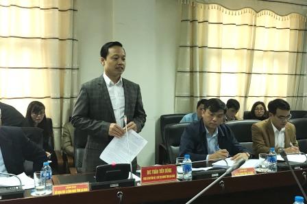 Đồng chí Trần Tiến Dũng - Phó Bí thư Tỉnh ủy, Chủ tịch UBND tỉnh phát biểu tại buổi làm việc