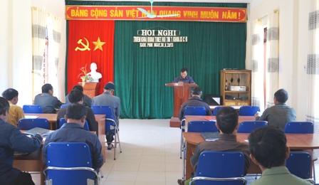 Buổi học Nghị quyết của Đảng tại Đảng bộ xã Xà Dề Phìn, huyện Sìn Hồ