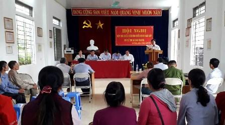 Đồng chí Vương Văn Thắng – Bí thư, Chủ tịch HĐND Thành phố phát biểu tại buổi tiếp xúc.