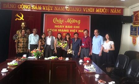 Lãnh đạo tỉnh chúc mừng Hội Văn học - Nghệ thuật tỉnh nhân Ngày Báo chí cách mạng Việt Nam