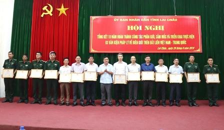 Các cá nhân xuất sắc được nhận Bằng khen của Chủ tịch UBND tỉnh