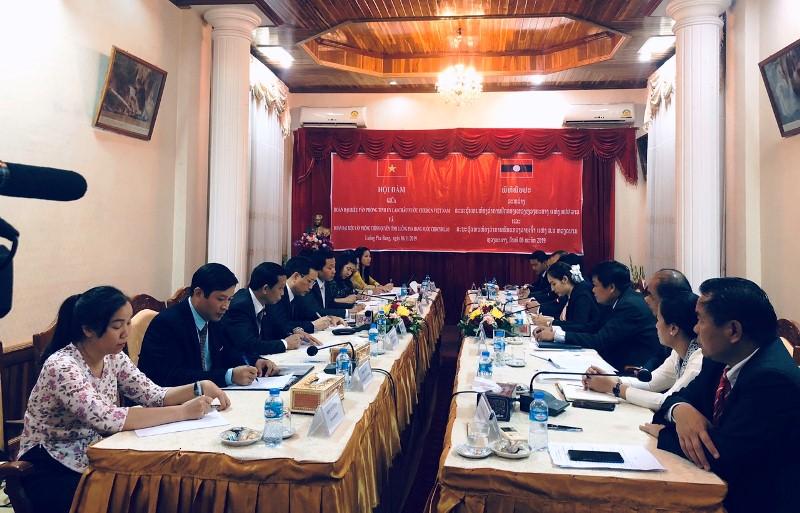 Quang cảnh hội đàm giữa Văn phòng Tỉnh ủy Lai Châu với Văn phòng tỉnh Luông Pha Bang (Lào)