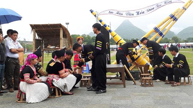 Phục dựng lễ cưới hỏi của đồng bào dân tộc Mông tại ngày Hội VH-TT&DL tỉnh lần thứ I