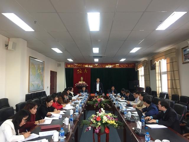 Đ/c Vũ Văn Hoàn - Phó Bí thư Thường trực Tỉnh ủy, Chủ tịch HĐND tỉnh phát biểu kết luận phiên họp