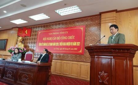 Đồng chí Lê Văn Lương - Phó Bí thư Thường trực Tỉnh ủy phát biểu giao nhiệm vụ tại hội nghị